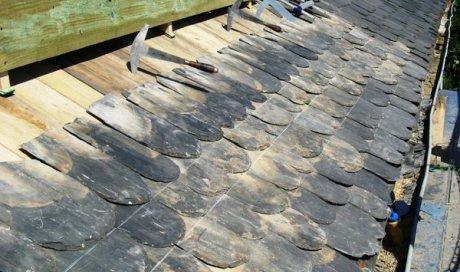 Couverture en ardoises ou lauzes à Albi Tarn
