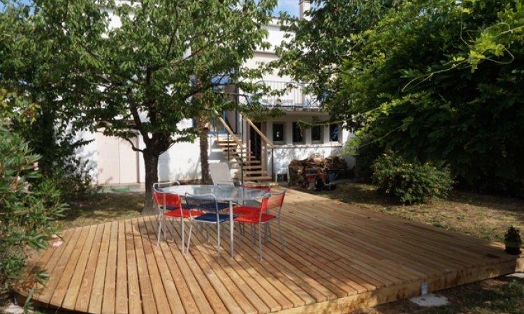 Terrasse extérieure bois à Albi Tarn